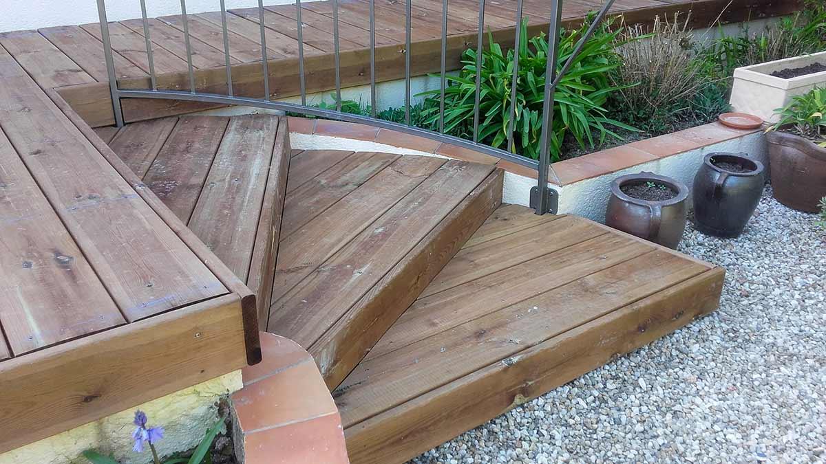cote-et-jardins-paysagiste-pornic-acces-terrasse-marches-en-bois-autoclave