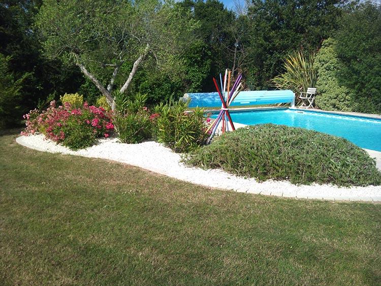 cote-et-jardins-paysagiste-pornic-massif-piscine